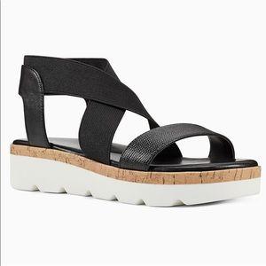 Nine West Black Beth Strappy Sport Sandals NWT 9